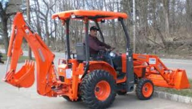 Where to find KUBOTA B26 TRACTOR   LOADER in Morristown